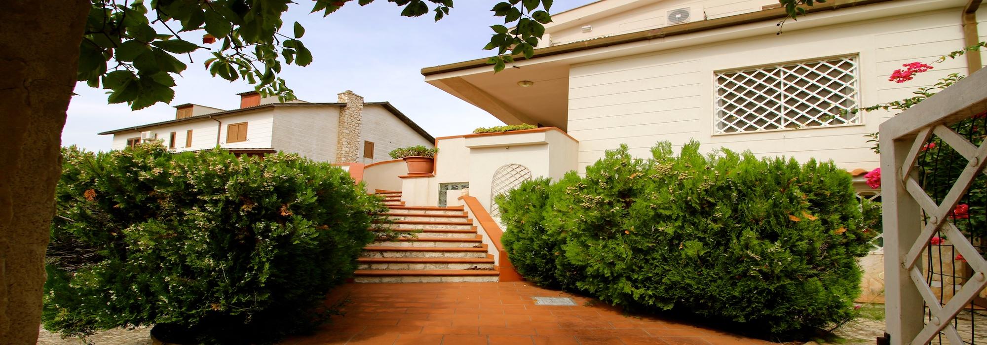 Statte – Luminosa villa in zona Montetermiti